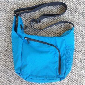 🔹 Eastern Mountain Sports cross body bag 🔹 NWOT!